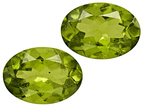 Photo of Set Of 2 Kenyan Vesuvianite Avg .90ctw 6x4mm Oval