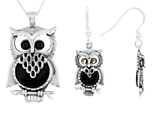 Photo of Whitby Jet 7 And 15mm Round Cabochon Ster Silver Owl Earrings And Pendant With Chain W. Hamond Box