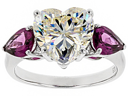 Photo of Pre-Owned 5.30CT FABULITE STRONTIUM TITANATE AND 1.76CTW GRAPE COLOR GARNET RHODIUM OVER SILVER RING - Size 9