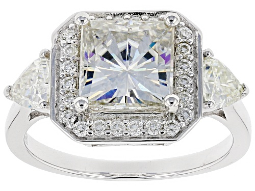 Photo of Pre-Owned MOISSANITE FIRE® 3.34CTW DEW SQUARE BRILLIANT AND TRILLION CUT WITH ROUND PLATINEVE™ RING - Size 7
