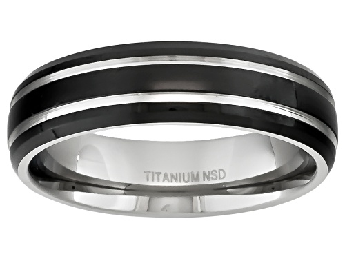 Photo of Pre-Owned Titanium With Black Ion Plating And Silver Tone Accent Stripes Comfort Fit Men's Band - Size 10