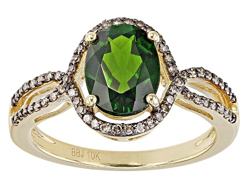 Photo of Pre-Owned 1.70ct Oval Russian Chrome Diopside With .22ctw Round Champagne Diamond 10k Yellow Gold Ri - Size 7