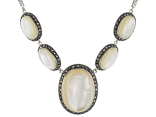 Photo of Pre-Owned 38.3x27.5mm And 20x13.5mm Oval Cabochon White Mother-Of-Pearl With Round Marcasite Silver - Size 18