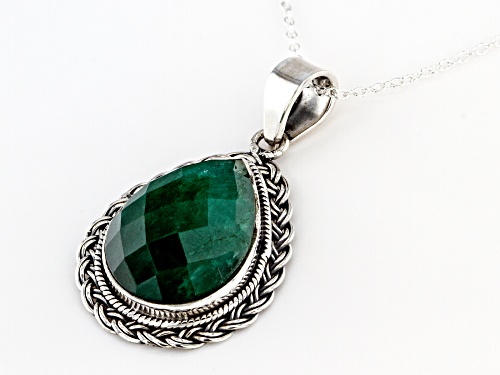 20x15mm Pear Shape Green Beryl Solitaire Sterling Silver Pendant With Chain