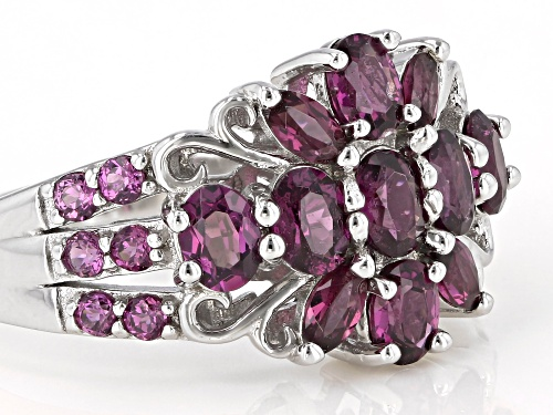 1.86ctw mixed shapes RASPBERRY COLOR RHODOLITE RHODIUM OVER STERLING SILVER RING - Size 8