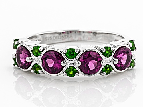 1.25ctw Raspberry Color Rhodolite with .30ctw Russian Chrome Diopside Rhodium Over Silver Band Ring - Size 7