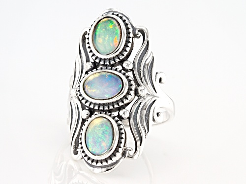 Pre-Owned 1.50ctw Oval Cabochon Ethiopian Opal Sterling Silver 3-Stone Ring - Size 9