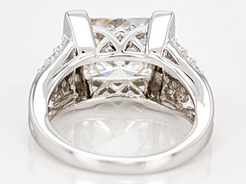 Pre-Owned Moissanite Fire® 4.86ctw Dew Square Brilliant And Round Platineve® Ring. - Size 7