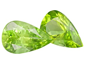Peridot 8x5mm Pear Shape Set 1.60ctw