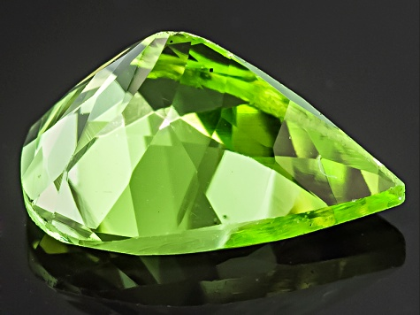 Peridot 8x6mm Pear Shape 0.90ct