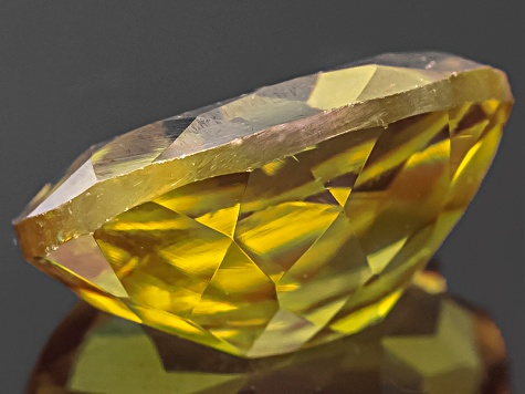 Sphene Oval Mixed Step 1.50ct
