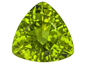 Peridot 13mm Trillion 6.81ct
