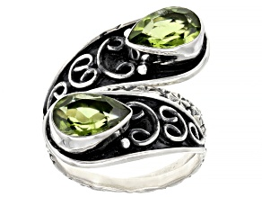 Green Peridot Sterling Silver Ring 2.50ctw