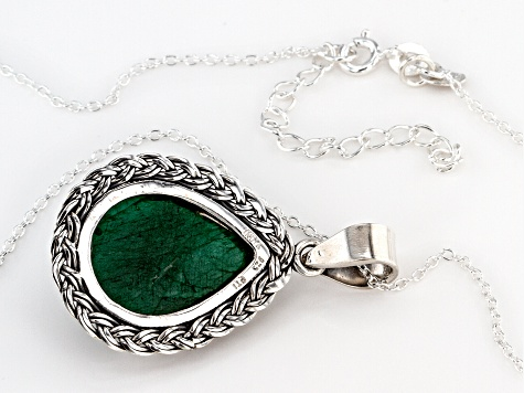 Green Beryl Solitaire Sterling Silver Pendant With Chain