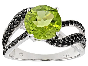 Green peridot rhodium over sterling silver ring 3.15ctw