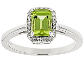 Green peridot sterling silver ring .97ctw