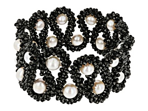 8mm-10mm Cultured Freshwater Pearl With 2.2mm Black Spinel Beaded Stretch Bracelet.