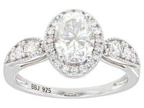 Moissanite platineve ring 1.95ctw DEW.