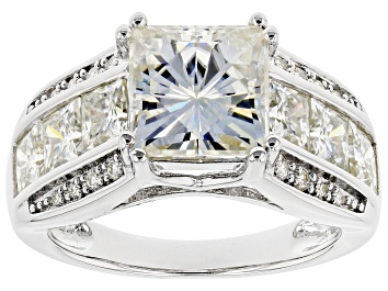 Picture of Moissanite Platineve Ring 5.72ctw DEW.