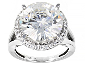 Moissanite 14K white gold ring 9.07ctw DEW.