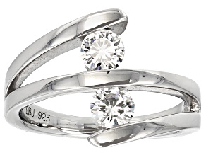 Moissanite Ring Platineve .66ctw DEW