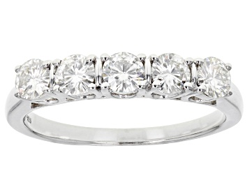 Picture of Moissanite Ring Platineve™ 1.15ctw DEW
