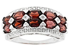 Red garnet rhodium over sterling silver band ring  2.24ctw