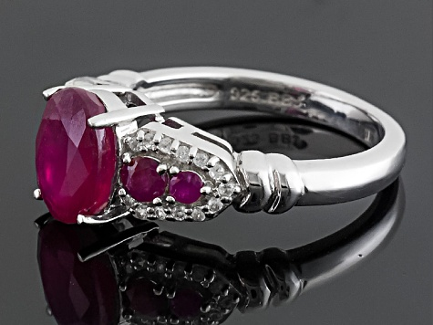 Mahaleo Ruby Sterling Silver Ring 2.91ctw