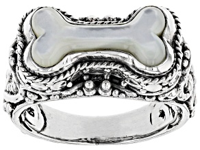 White Mother Of Pearl Silver Solitaire Ring