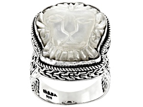 White Mother Of Pearl Lion Silver Ring