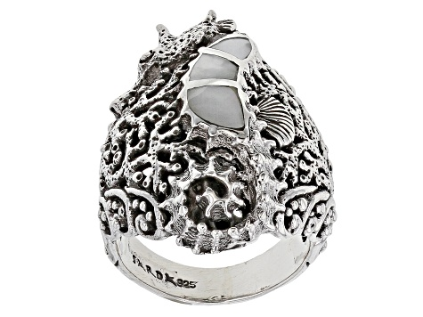 Mother-of-pearl seahorse bracelet