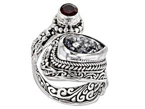 Black Crackle Quartz & Raspberry Color Rhodolite Silver Ring 2.85ctw