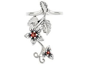 Red Garnet Sterling Silver Elongated Flower Ring 0.16ctw