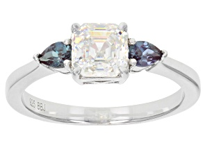 White Fabulite Strontium Titanate Lab Created Color Change Alexandrite Sterling Silver Ring 1.94ctw
