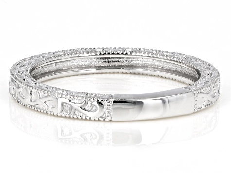 Platineve ™ Band Ring