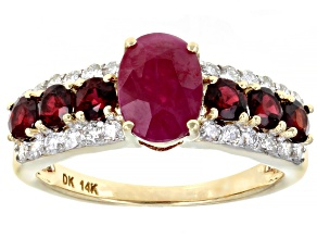 Red Ruby 14k Yellow Gold Ring 2.25ctw