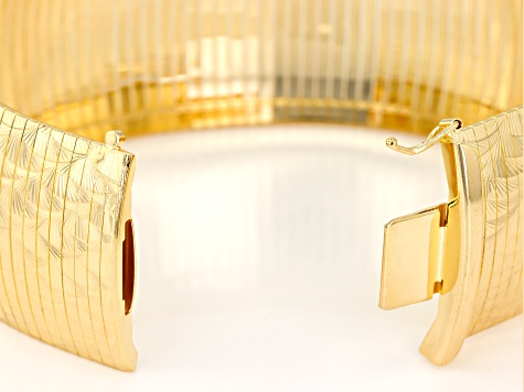 18k Yellow Gold over Bronze Diamond Cut Wave Omega 7 1/2 inch Bracelet