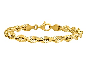 14k Yellow Gold 5.5mm Diamond-cut Rope with Lobster Clasp Chain. Available sizes 7, 8, or 9 inches