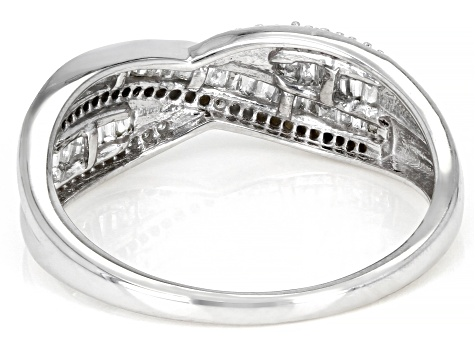 Pre-Owned White Diamond 10K White Gold Crossover Ring 0.33ctw