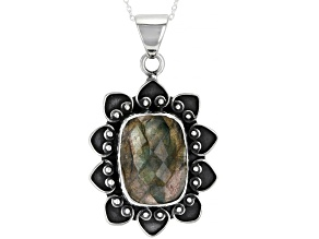 Pre-Owned Gray Labradorite Sterling Silver Pendant with Chain