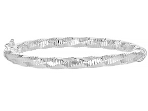 Pre-Owned Sterling Silver 5.7MM Diamond-Cut Hinged Bangle