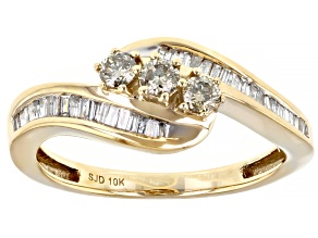 Pre-Owned Champagne And White Diamond 10k Yellow Gold  Bypass Ring 0.50ctw