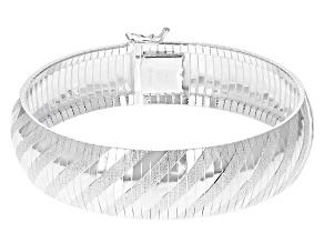 Pre-Owned Sterling Silver 16MM Diamond-Cut Omega Bracelet