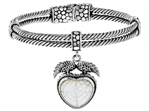 Pre-Owned Carved White Mother Of Pearl Heart Silver Charm Bangle Bracelet