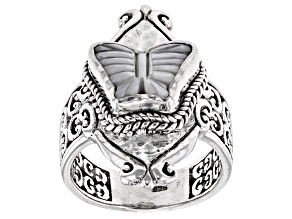 Pre-Owned White Carved Mother-of-Pearl Silver Butterfly Ring