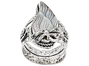 Pre-Owned Carved Mother-of-Pearl Silver Wings Ring