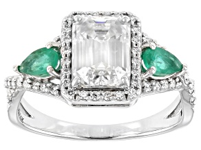 Pre-Owned Moissanite and emerald 14k white gold ring 2.25ctw DEW.