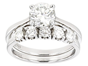 Pre-Owned Moissanite platineve ring with band 1.70ctw DEW.