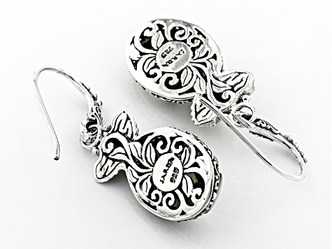 Pre-Owned White Mother Of Pearl Elephant Earrings