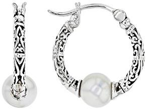 Pre-Owned White Cultured Freshwater Pearl Sterling Silver Hoop Earrings